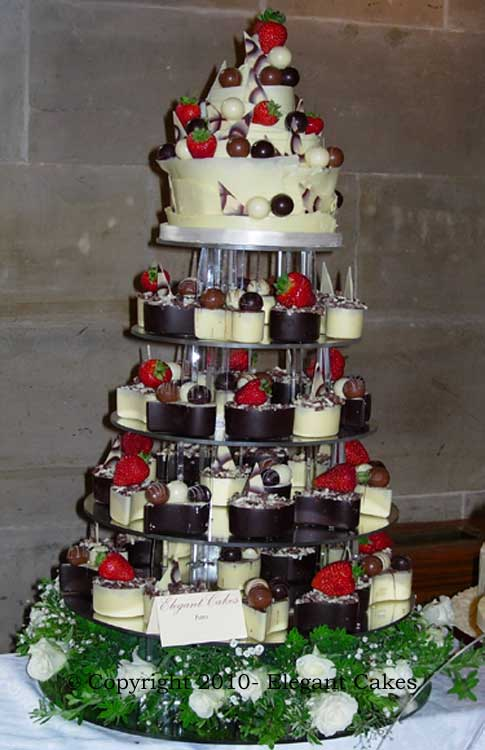 Elegant Cakes, Renowned Iced & Chocolate Wedding Cakes ...